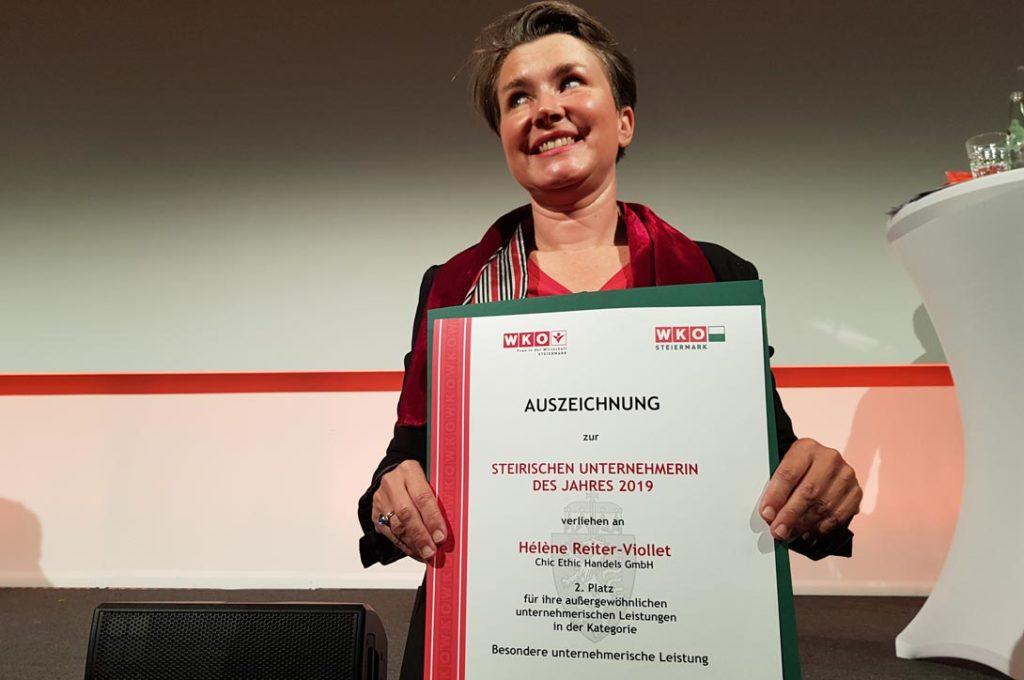 Helene Reiter-Viollet (Chic Ethic GmbH) wird als Steirische Unternehmerin des Jahres 2019 mit dem 2. Platz ausgezeichnet