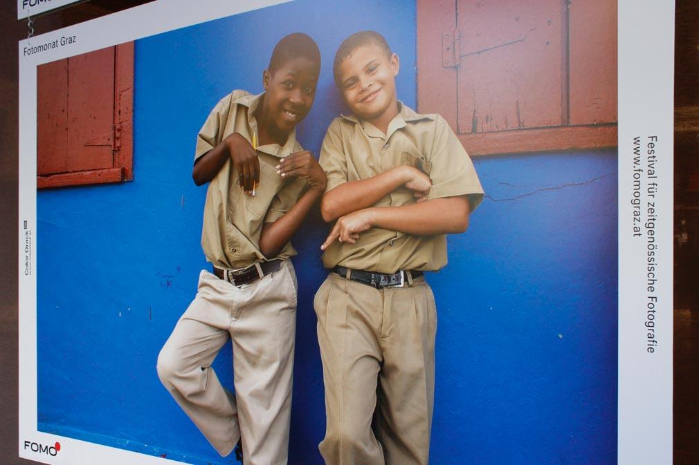 Zwei Jungen in Seaford Town